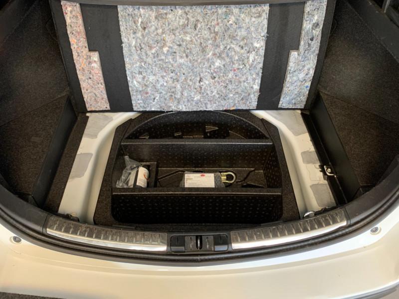 Photo 20 de l'offre de TOYOTA AURIS TOURING SPORTS HSD 136H STYLE à 12600€ chez Greencar France