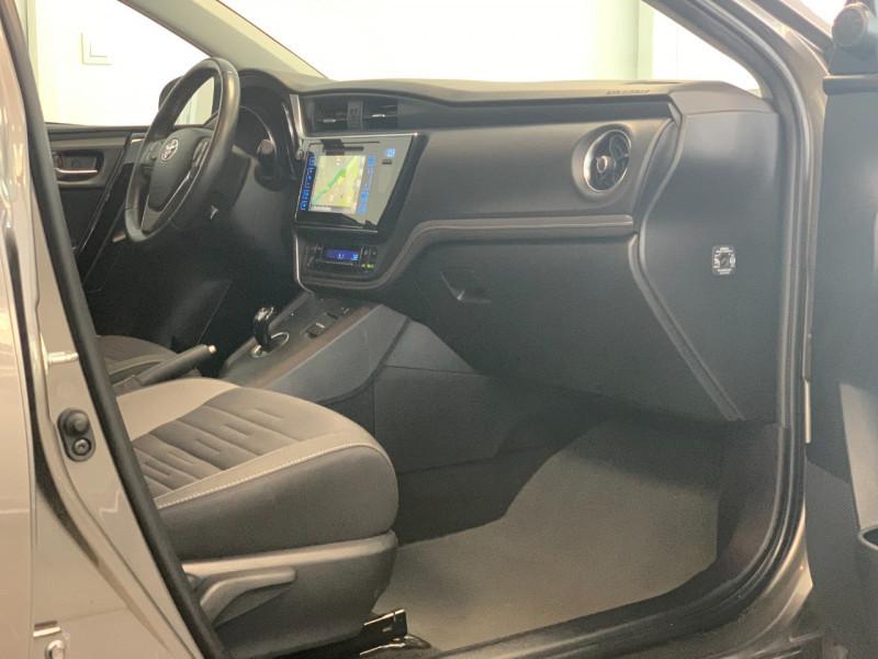 Photo 7 de l'offre de TOYOTA AURIS HSD 136H DESIGN BUSINESS à 13980€ chez Greencar France