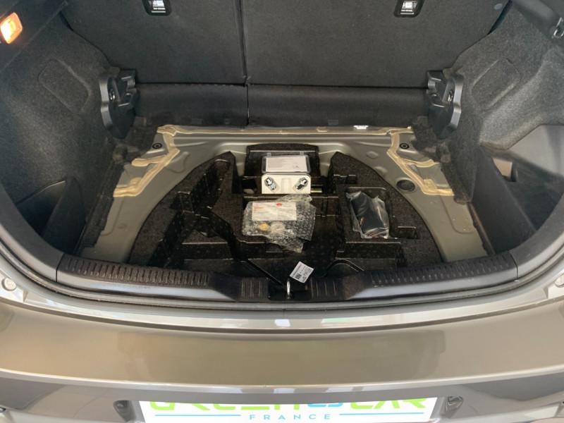 Photo 14 de l'offre de TOYOTA AURIS HSD 136H DESIGN BUSINESS à 13980€ chez Greencar France
