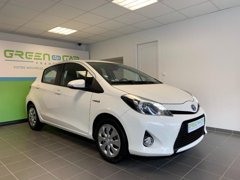 Toyota YARIS HSD 100H BUSINESS 5P Hybride BLANC Occasion à vendre