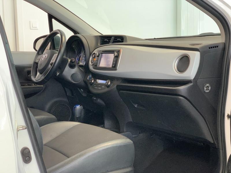 Photo 7 de l'offre de TOYOTA YARIS HSD 100H STYLE 5P à 8980€ chez Greencar France