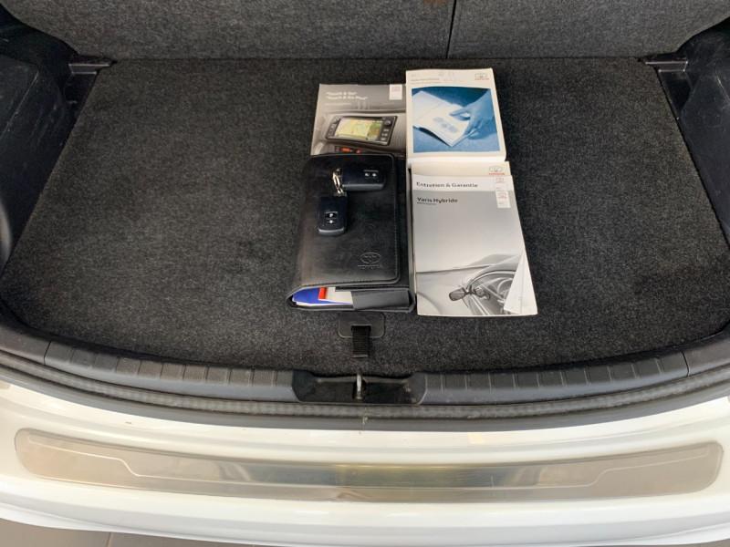 Photo 14 de l'offre de TOYOTA YARIS HSD 100H STYLE 5P à 8980€ chez Greencar France