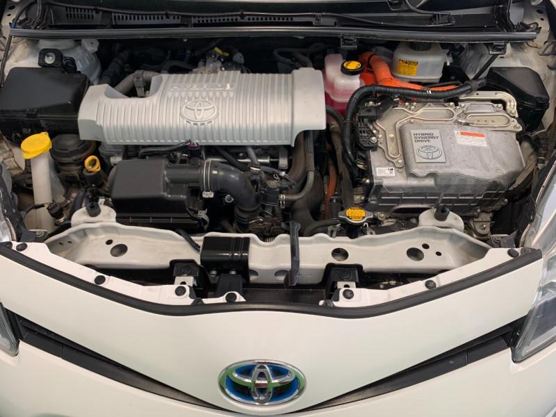 Photo 16 de l'offre de TOYOTA YARIS HSD 100H STYLE 5P à 8980€ chez Greencar France