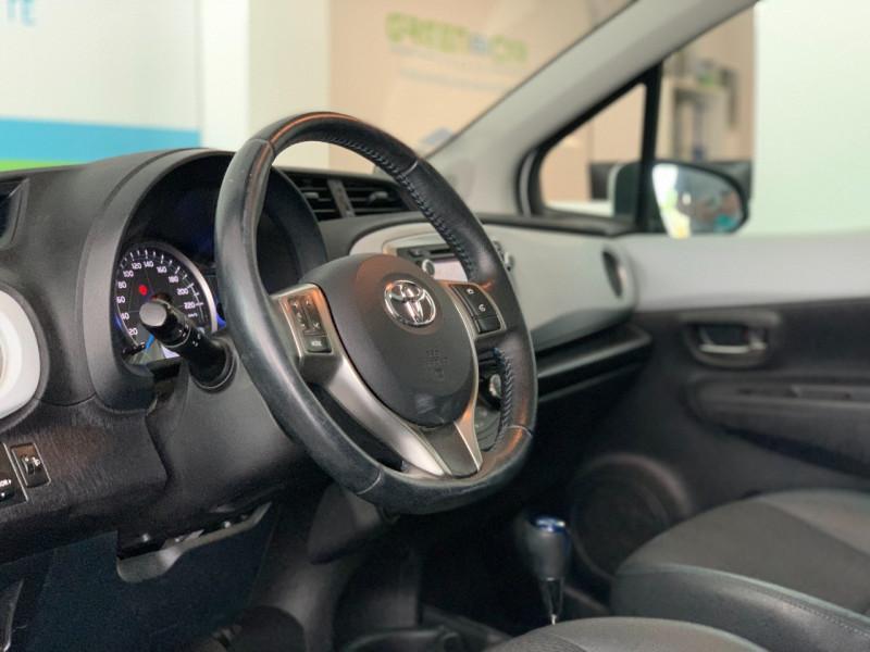 Photo 8 de l'offre de TOYOTA YARIS HSD 100H STYLE 5P à 8980€ chez Greencar France