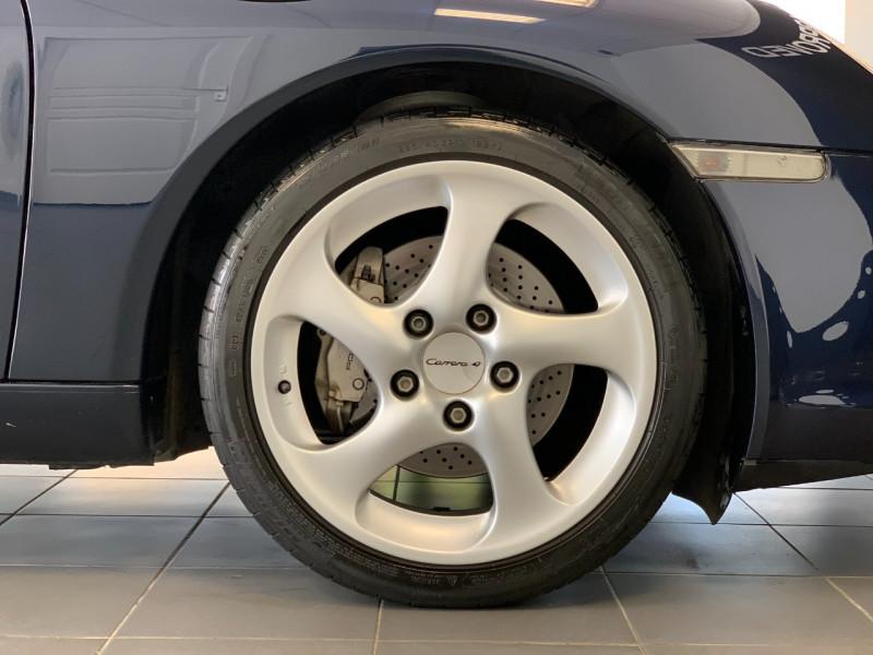 Photo 8 de l'offre de PORSCHE 911 CABRIOLET (996) 320CH CARRERA 4 TIPTRONIC à 48000€ chez Greencar France