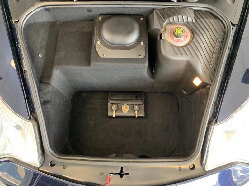 Photo 25 de l'offre de PORSCHE 911 CABRIOLET (996) 320CH CARRERA 4 TIPTRONIC à 48000€ chez Greencar France