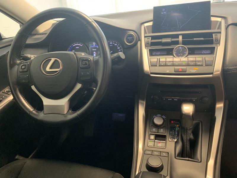 Photo 9 de l'offre de LEXUS NX 300H 2WD BUSINESS à 26500€ chez Greencar France