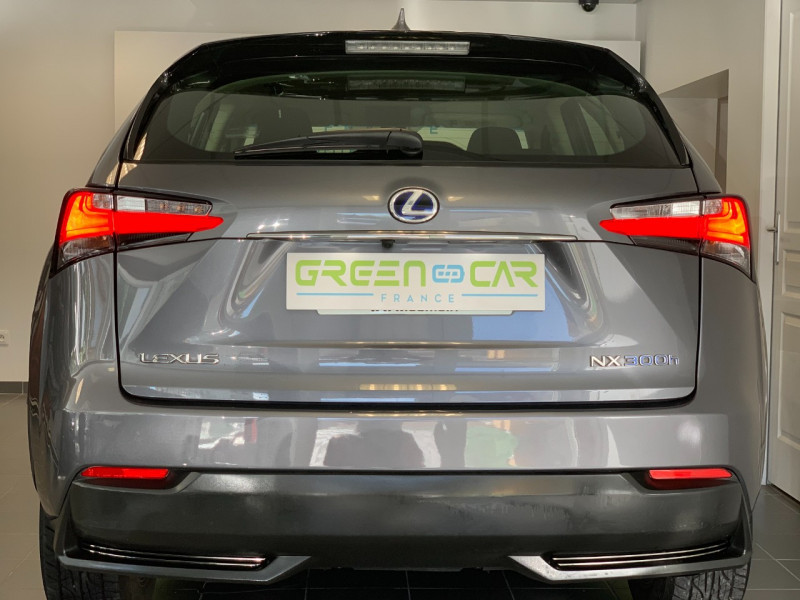 Photo 5 de l'offre de LEXUS NX 300H 2WD BUSINESS à 26500€ chez Greencar France