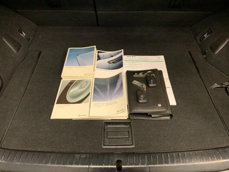 Photo 15 de l'offre de LEXUS CT 200H PASSION à 13480€ chez Greencar France