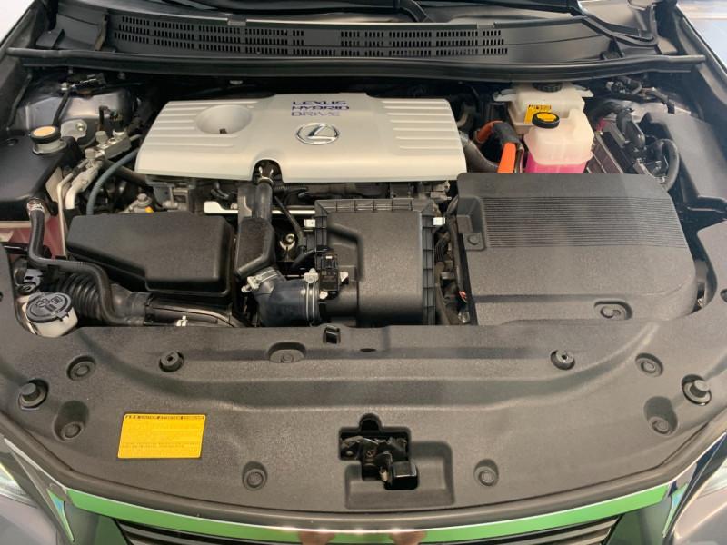 Photo 16 de l'offre de LEXUS CT 200H SENSATION à 11980€ chez Greencar France