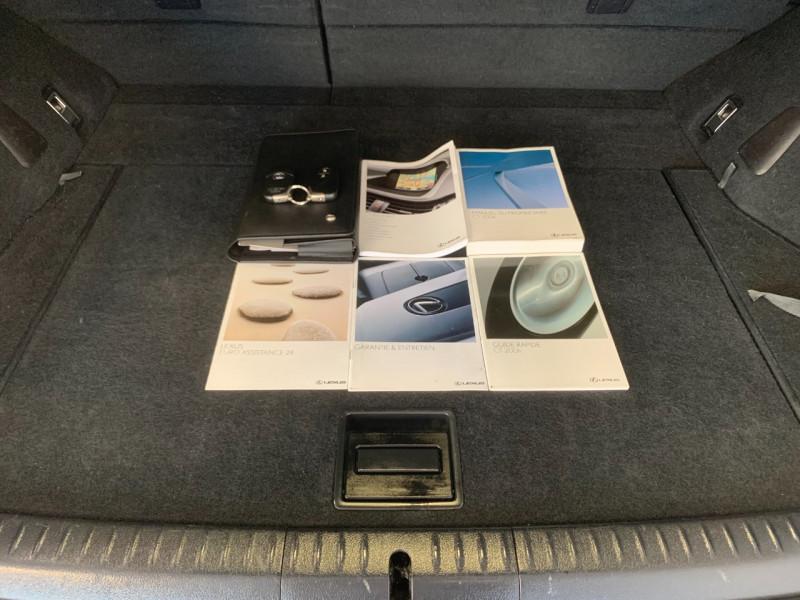 Photo 13 de l'offre de LEXUS CT 200H SENSATION à 11980€ chez Greencar France