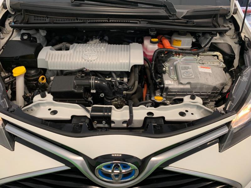 Photo 20 de l'offre de TOYOTA YARIS HSD 100H DYNAMIC 5P à 10480€ chez Greencar France