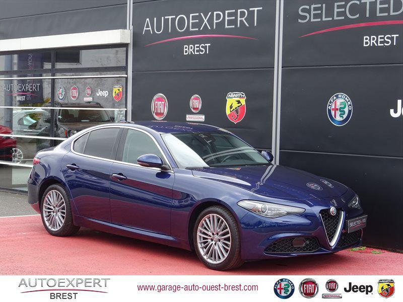 Alfa Romeo Giulia 2.2 JTD 180ch Lusso AT8 Diesel Bleu Montecarlo Occasion à vendre