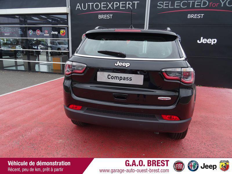 Photo 6 de l'offre de JEEP Compass 1.4 MultiAir II 140ch Longitude Business 4x2 Euro6d-T à 23990€ chez Garage Auto de l'Ouest - Brest