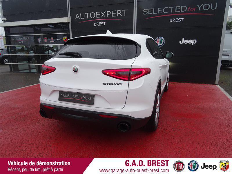 Photo 3 de l'offre de ALFA ROMEO Stelvio 2.2 Diesel 190ch Sprint AT8 MY20 à 48990€ chez Garage Auto de l'Ouest - Brest