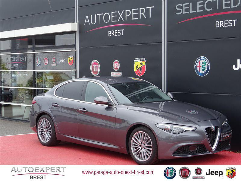 Alfa Romeo Giulia 2.2 JTD 180ch Lusso AT8 Diesel Gris Vesuvio Occasion à vendre