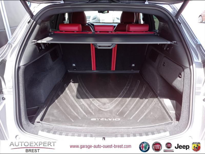Photo 19 de l'offre de ALFA ROMEO Stelvio 2.2 Diesel 180ch Sport Edition AT8 à 29990€ chez Garage Auto de l'Ouest - Brest