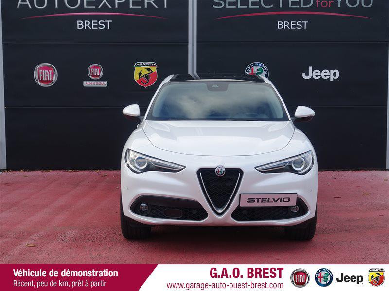 Photo 2 de l'offre de ALFA ROMEO Stelvio 2.2 Diesel 210ch Lusso Q4 AT8 MY19 à 44990€ chez Garage Auto de l'Ouest - Brest