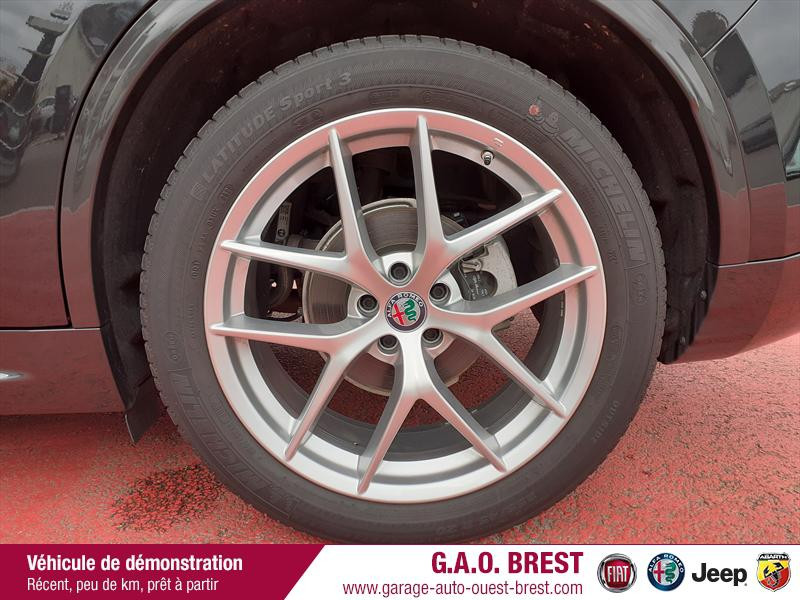 Photo 13 de l'offre de ALFA ROMEO Stelvio 2.2 Diesel 210ch Ti Q4 AT8 MY20 à 49990€ chez Garage Auto de l'Ouest - Brest