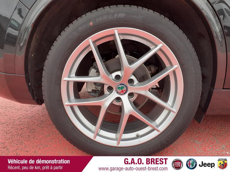 Photo 12 de l'offre de ALFA ROMEO Stelvio 2.2 Diesel 210ch Ti Q4 AT8 MY20 à 49990€ chez Garage Auto de l'Ouest - Brest