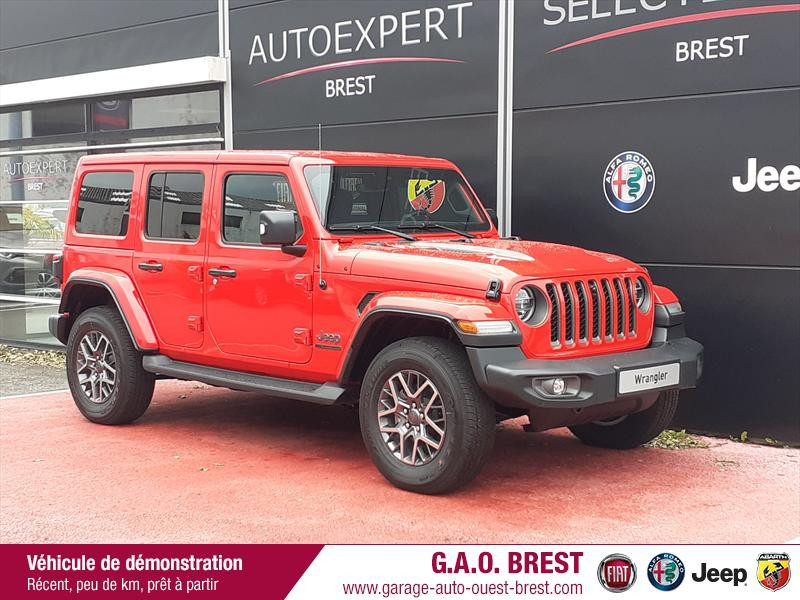 Jeep Wrangler 2.0 T 380ch 80th Anniversary 4xe Command-Trac BVA8 Hybride rechargeable : Essence/Electrique Firecracker Red Occasion à vendre