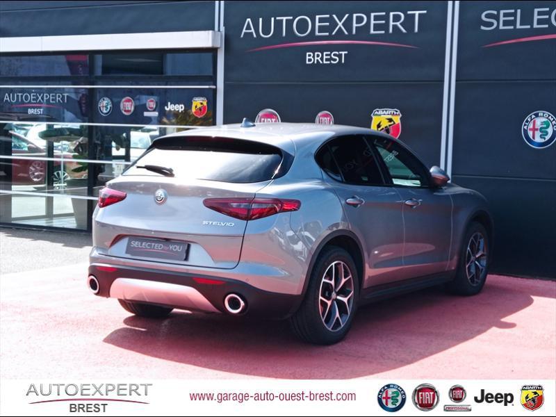 Photo 4 de l'offre de ALFA ROMEO Stelvio 2.2 Diesel 180ch Sport Edition AT8 à 29990€ chez Garage Auto de l'Ouest - Brest