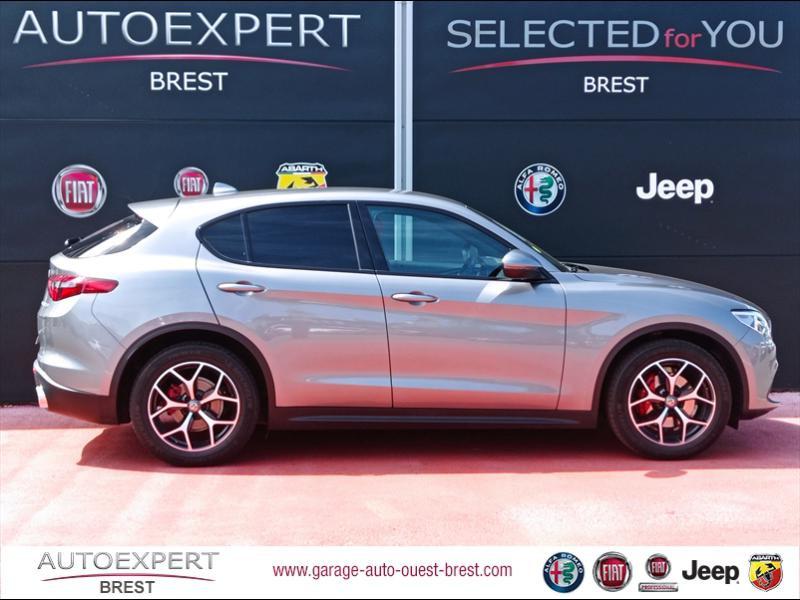 Photo 6 de l'offre de ALFA ROMEO Stelvio 2.2 Diesel 180ch Sport Edition AT8 à 29990€ chez Garage Auto de l'Ouest - Brest