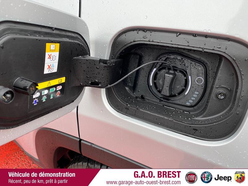 Photo 9 de l'offre de JEEP Compass 1.3 GSE T4 240ch S 4xe PHEV AT6 à 36990€ chez Garage Auto de l'Ouest - Brest