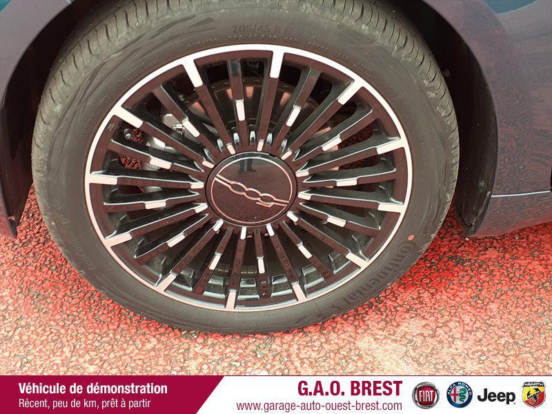 Photo 12 de l'offre de FIAT 500 e 118ch La Prima à 28490€ chez Garage Auto de l'Ouest - Brest