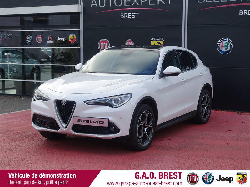 Alfa Romeo Stelvio 2.2 Diesel 210ch Lusso Q4 AT8 MY19 Diesel Blanc Trofeo Occasion à vendre