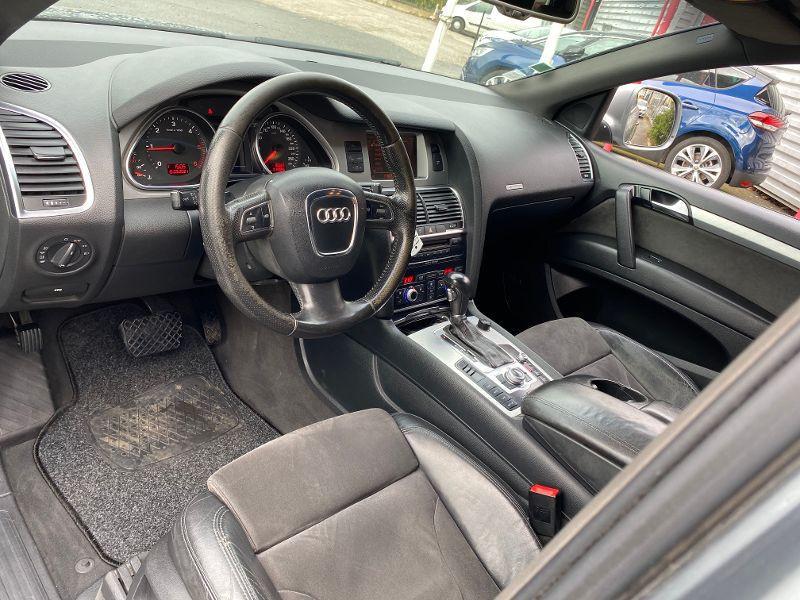 Photo 3 de l'offre de AUDI Q7 3.0 V6 TDI 240ch clean diesel DPF Avus quattro Tiptronic 6 p à 12490€ chez AA automobiles