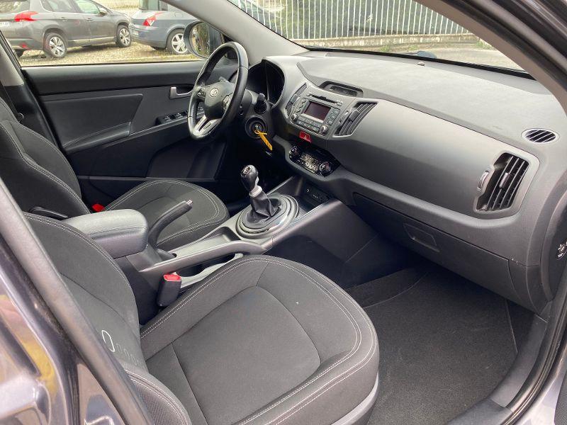 Photo 4 de l'offre de KIA Sportage 2.0 CRDi 136 Active à 8490€ chez AA automobiles