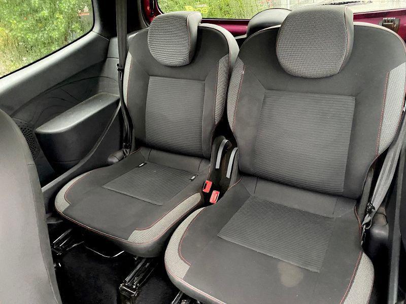 Photo 5 de l'offre de RENAULT Twingo TWINGO 1.2 16V DYNAMIQUE 75VB à 4990€ chez AA automobiles