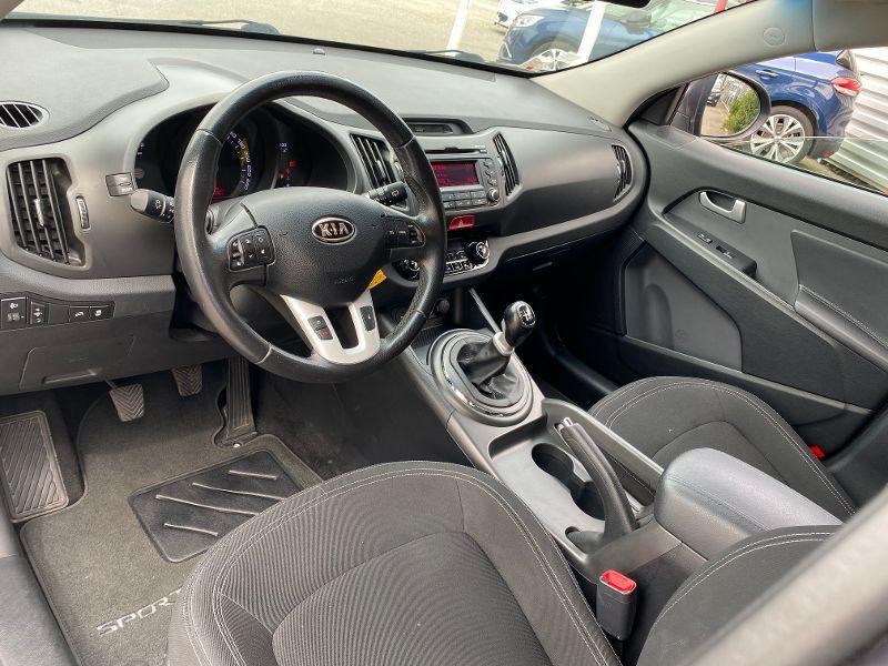 Photo 3 de l'offre de KIA Sportage 2.0 CRDi 136 Active à 8490€ chez AA automobiles