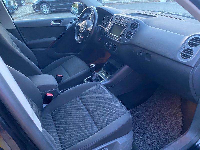 Photo 4 de l'offre de VOLKSWAGEN Tiguan 2.0 TDI 110ch BlueMotion FAP à 11490€ chez AA automobiles