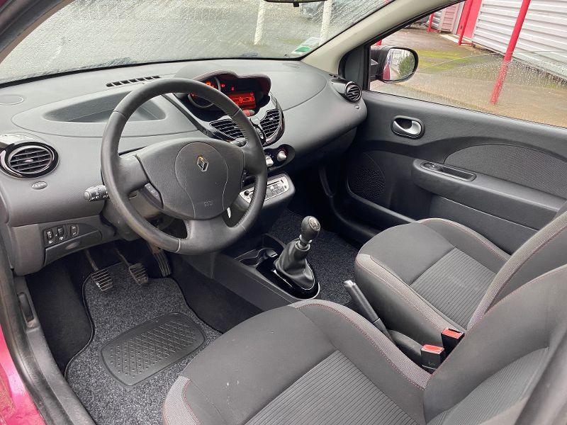 Photo 3 de l'offre de RENAULT Twingo TWINGO 1.2 16V DYNAMIQUE 75VB à 4990€ chez AA automobiles