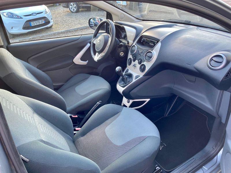 Photo 4 de l'offre de FORD Ka 1.2 69ch Stop&Start Titanium à 4490€ chez AA automobiles