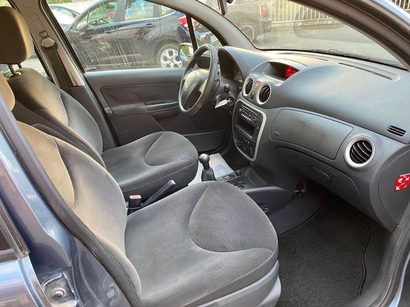 Photo 4 de l'offre de CITROEN C3 1.4 HDi70 Confort à 3990€ chez AA automobiles