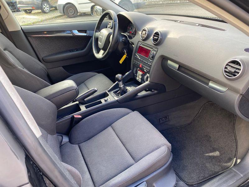 Photo 4 de l'offre de AUDI A3 Sportback 2.0 TDI 140ch Ambition à 5990€ chez AA automobiles