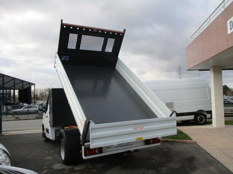 Photo 6 de l'offre de RENAULT MASTER III BENNE R3500RJ L3 2.3 DCI 145CH ENERGY +COFFRE CONFORT EUROVI à 37900€ chez Deal pro automobiles