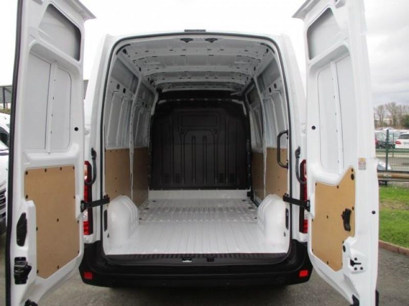 Photo 3 de l'offre de RENAULT MASTER III FG L2H2 DCI 135CH à 29880€ chez Deal pro automobiles