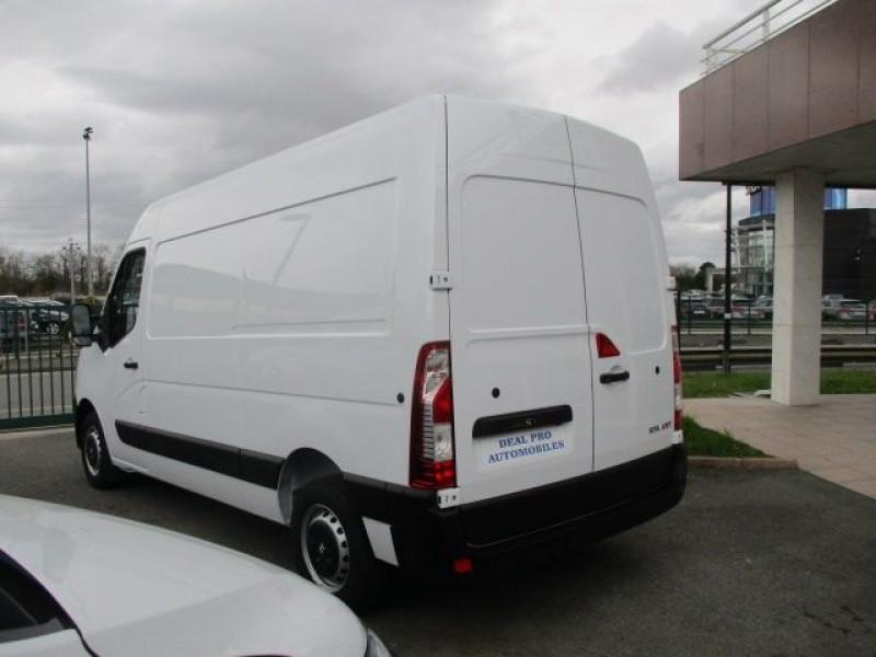 Photo 5 de l'offre de RENAULT MASTER III FG L2H2 DCI 135CH à 29880€ chez Deal pro automobiles