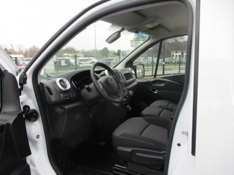 Photo 2 de l'offre de FIAT TALENTO FG L2H1 2.0 MULTIJET 145CH PRO LOUNGE à 27900€ chez Deal pro automobiles
