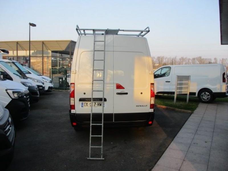Photo 6 de l'offre de RENAULT MASTER III FG F3300 L2H2 2.3 DCI 110CH GRAND CONFORT EURO6 à 21900€ chez Deal pro automobiles