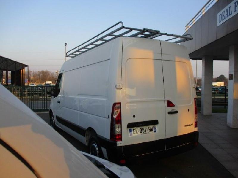 Photo 4 de l'offre de RENAULT MASTER III FG F3300 L2H2 2.3 DCI 110CH GRAND CONFORT EURO6 à 21900€ chez Deal pro automobiles