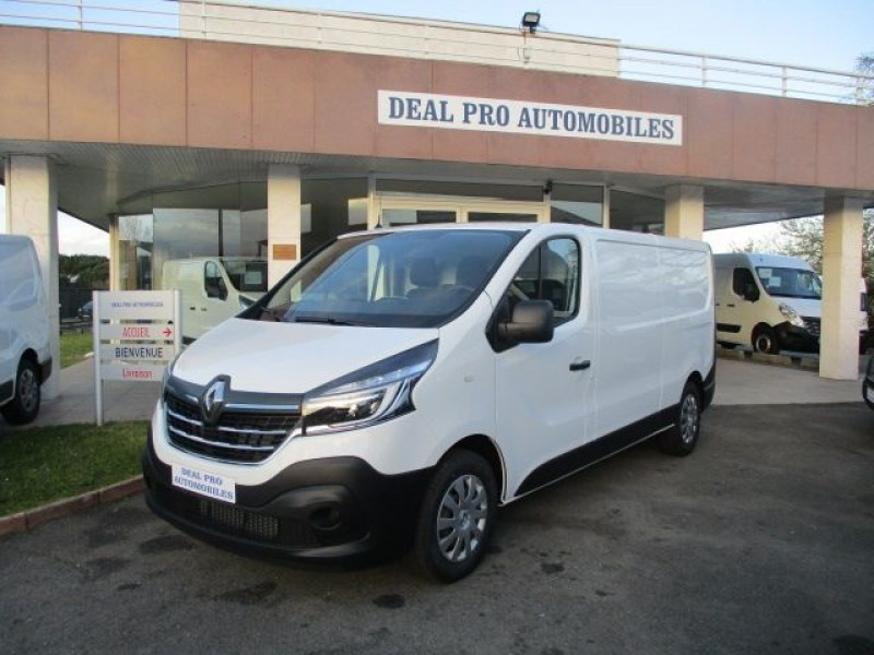 Renault TRAFIC III FG L2H1 1200 2.0 DCI 170CH ENERGY CONFORT EDC E6 Diesel BLANC Occasion à vendre