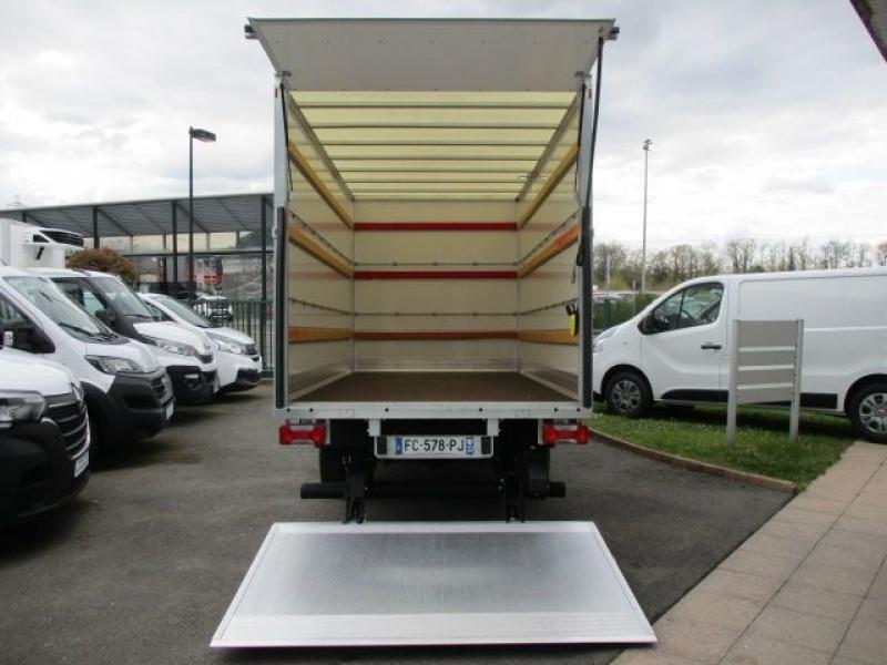 Photo 4 de l'offre de IVECO DAILY CCB 35C16 CAISSE 20 M3+HAYON à 35940€ chez Deal pro automobiles