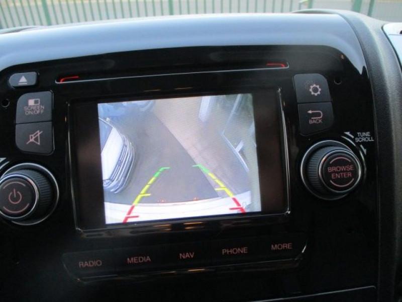 Photo 8 de l'offre de FIAT DUCATO CCB 3.5 L 2.3 MULTIJET 130CH PACK PRO NAV à 31800€ chez Deal pro automobiles