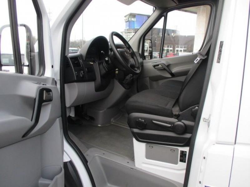 Photo 2 de l'offre de MERCEDES-BENZ SPRINTER FG 311 CDI 37S 3T2 E6 à 21480€ chez Deal pro automobiles
