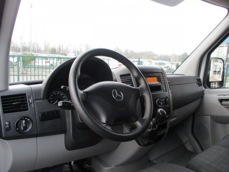 Photo 6 de l'offre de MERCEDES-BENZ SPRINTER FG 311 CDI 37S 3T2 E6 à 21480€ chez Deal pro automobiles